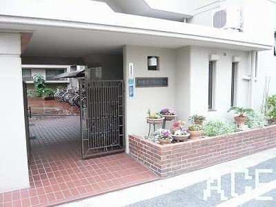 芦屋呉川町ハウス