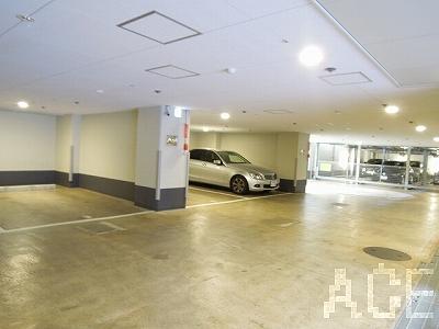 ワコーレ芦屋エンブレム/地下駐車場内 芦屋市楠町のマンション