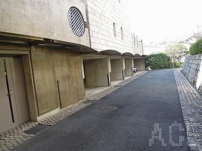 ファミーユディア芦屋/駐車場