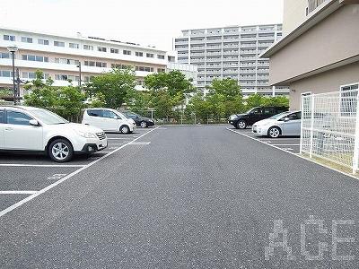 ザ・レジデンス芦屋スイート/駐車場 芦屋市海洋町のマンション