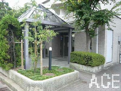 ファミーユ香枦園/エントランス1 西宮市川東町のマンション