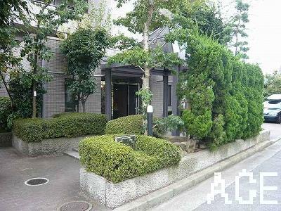 ファミーユ香枦園/エントランス2 西宮市川東町のマンション
