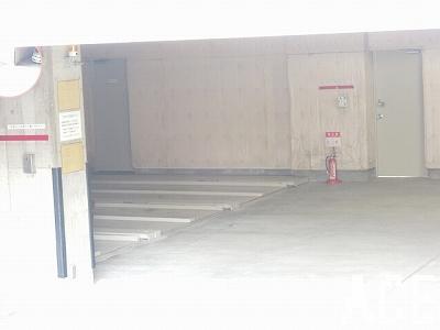 ファミーユ香枦園/駐車場2 西宮市川東町のマンション